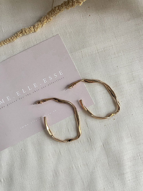Long Twisted Hoops | Gold