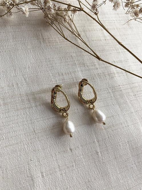 Oval Pearl Drop Earrings