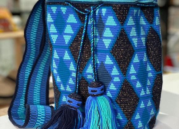 Ref. 143 Wayuu Bag Single Thread Decorated