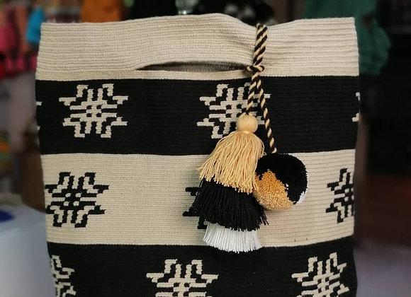 Wayuu Kashi Clutch