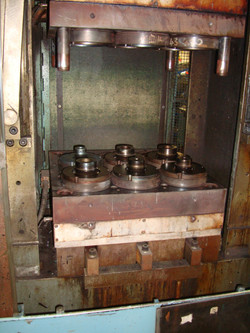 HEATING AND PRESSING