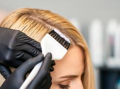 Grávidas podem pintar o cabelo?