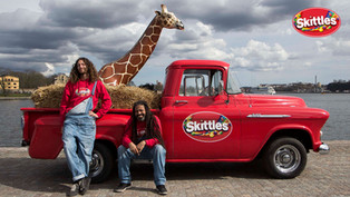 Skittles – The giraffe tour