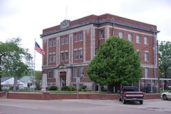 Courthouse, Linden, TN