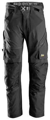 Snickers Workwear 6903 FlexiWork Arbeitshose+ in der Farbe schwarz