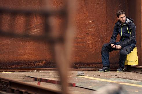 Snickers Workwear aus Schweden online kaufen bei Arbeitskleidung Augsburg.