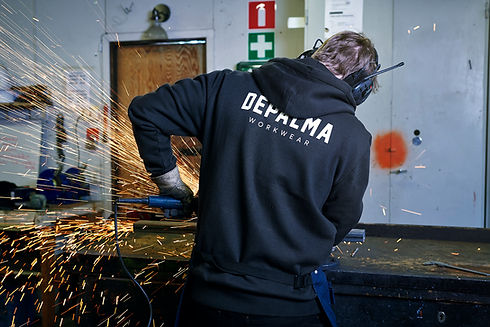 De Palma Workwear online kaufen. Moderne Arbeitskleidung aus Schweden.