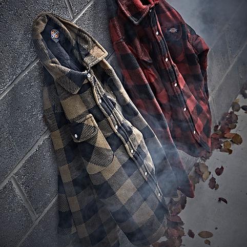 Arbeitskleidung von Carhartt und Dickies günstig und reduziert online kaufen in unserem Markensale.