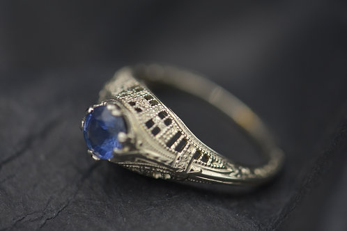 Filigree Ring with Sapphire