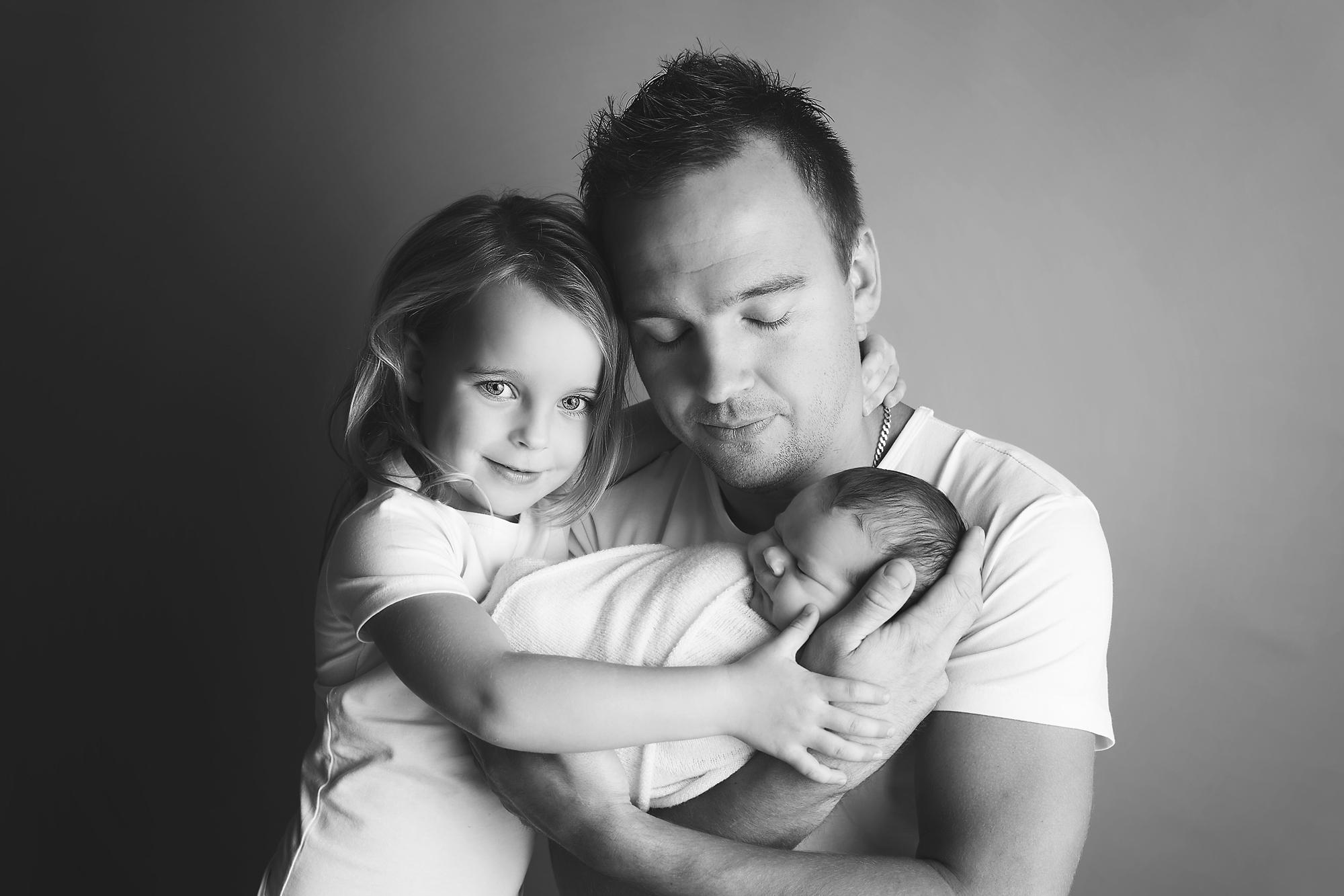 ouders met pasgeboren baby newbornsessie