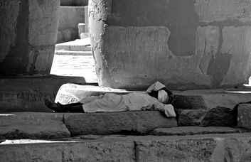 Ramesseum Siesta