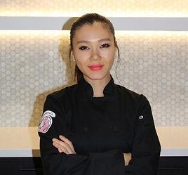 Chef%20Alicia_edited.jpg