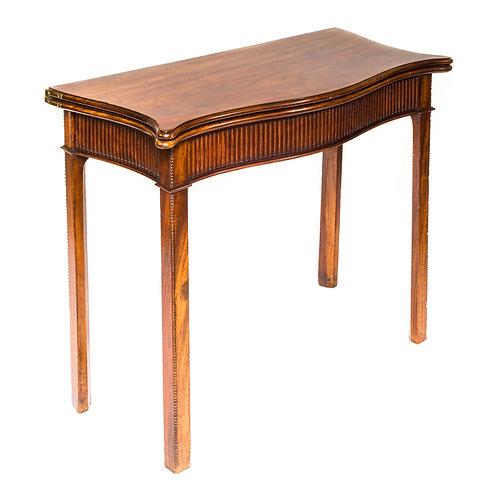 Fine George III Hepplewhite Mahogany Tea Table