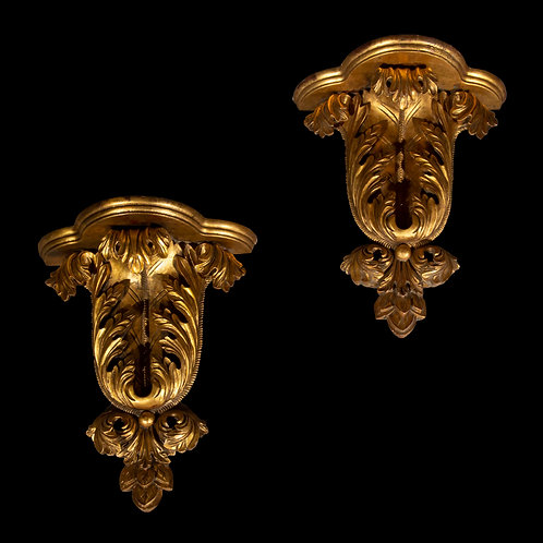 Large Pair of Giltwood Acanthus Wall Brackets