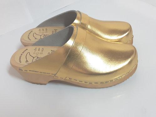 קבקבים בצבע זהב עקב נמוך