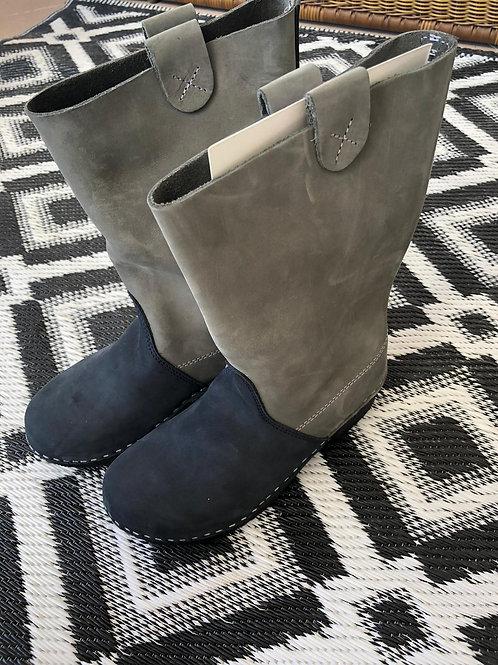מגפיים משולבים אפור/כחול כהה