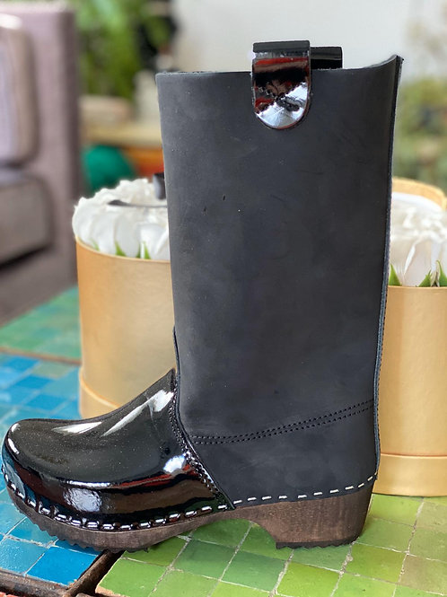 מגפיים משולבים שחור פלוס שחור לק