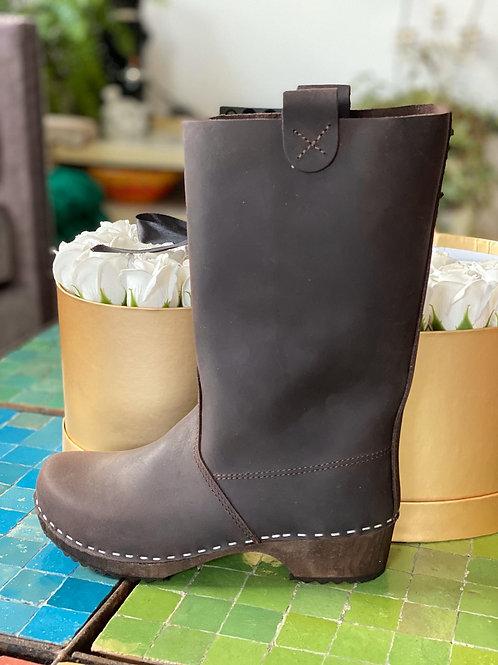 מגפיים צבע חום קפה