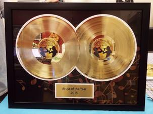 "Custom Double 12"" Gold DLX Record Award"