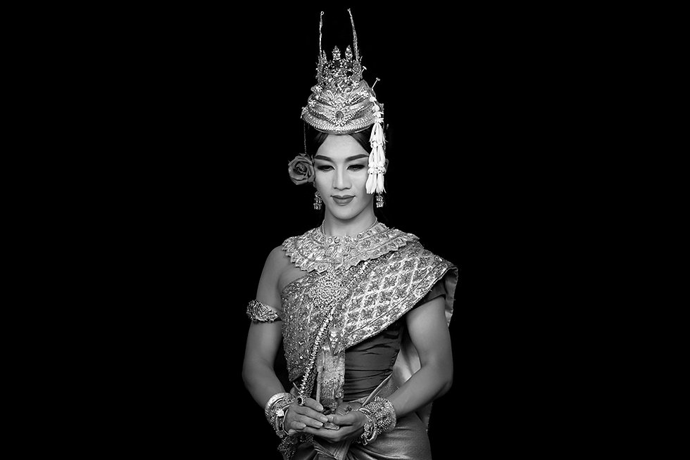 Puspanetra, dancer of Prumsodun Ok & NATYARASA. Photo: Nobuyuki Arai.