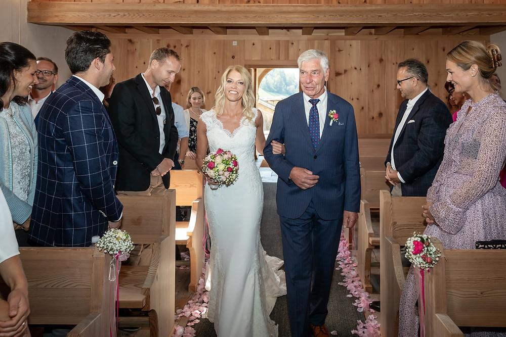 Kirche Brigels Hochzeitsfotograf