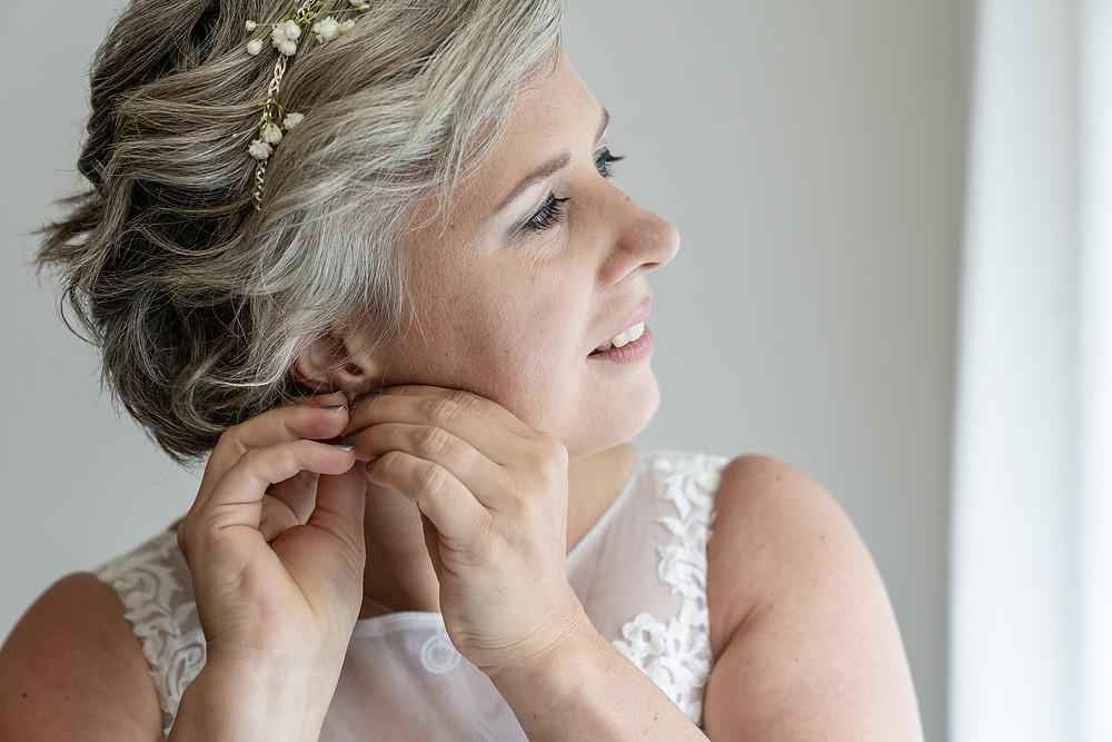 Ankleiden Braut, getting ready