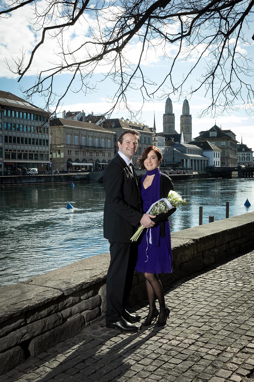 zivile Trauung Zürich Hochzeitsfotografie Limmat