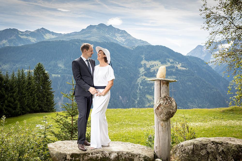 Hochzeitsfotos in der Natur Graubünden