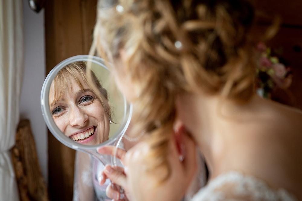 Brautvorbereitung Hochzeitsfotografie