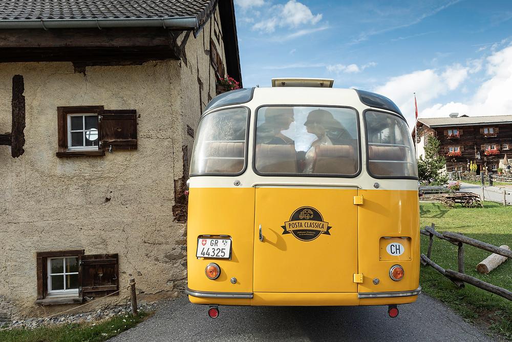 Postbus Hochzeitsauto Graubünden