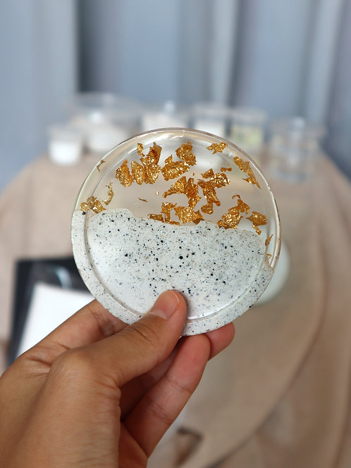 October 3  Jesmonite AC730 & Gold Leaf Resin Coaster Making  (Online Workshop)