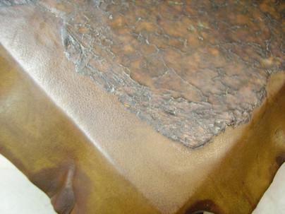 greffe de cuir en cours de pose