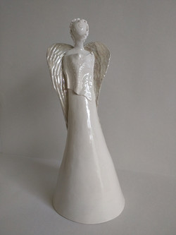 Angel with lustre wings
