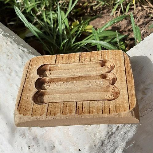 Saboneteira em madeira