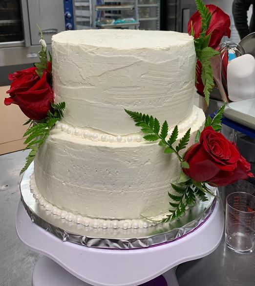 Wedding Cake, live roses