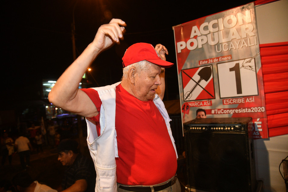 30 Exalcalde Luis Valdez, se guardó dura