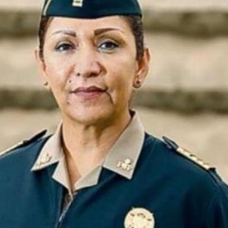 Primera mujer Coronel de Armas en el Perú