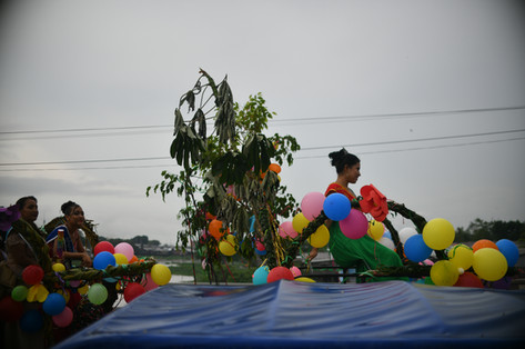4(1) El color de los carnavales entretuv