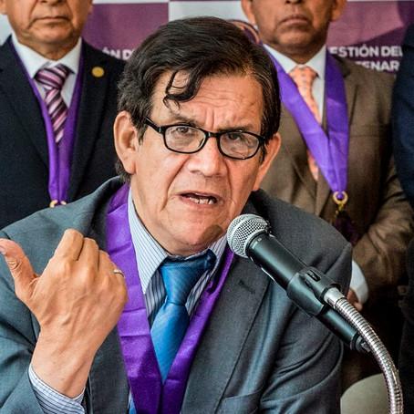 Maguiña pide investigar si voluntaria fallecida recibió vacuna