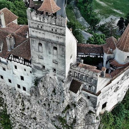 Rumania: Castillo del conde Drácula es utilizado como local de vacunación contra la COVID-19