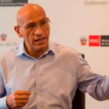 """Waldo Mendoza: """"Hacia setiembre u octubre, la economía peruana estaría abierta plenamente"""""""