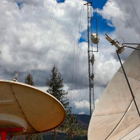 Más de mil escuelas de zonas rurales  de la selva tendrán acceso a Internet satelital