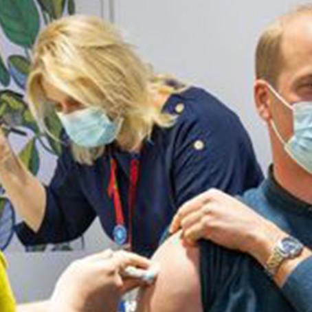 El príncipe William fue inoculado con la primera dosis de la vacuna contra la COVID-19