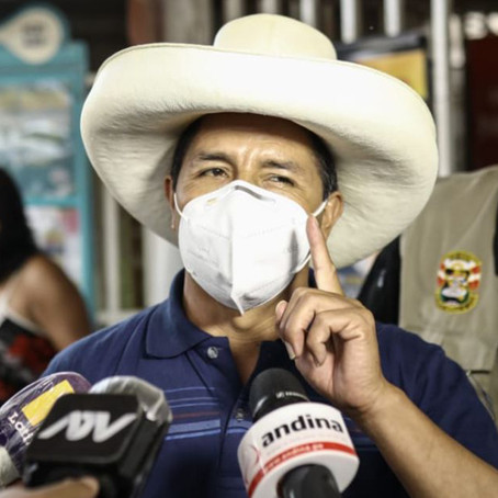 Castillo reitera que no es comunista, chavista o terrorista