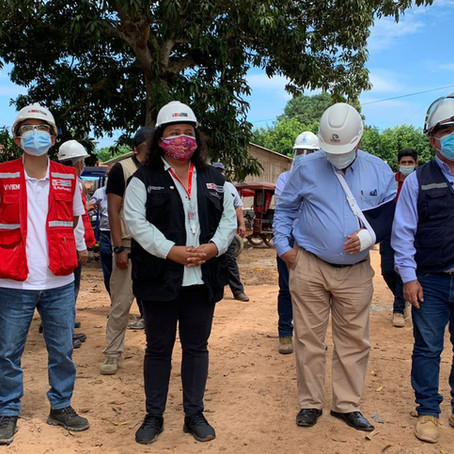 Ministra de vivienda verificó obras en Pucallpa