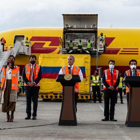 Nuevo lote de vacunas Pfizer llega a Colombia
