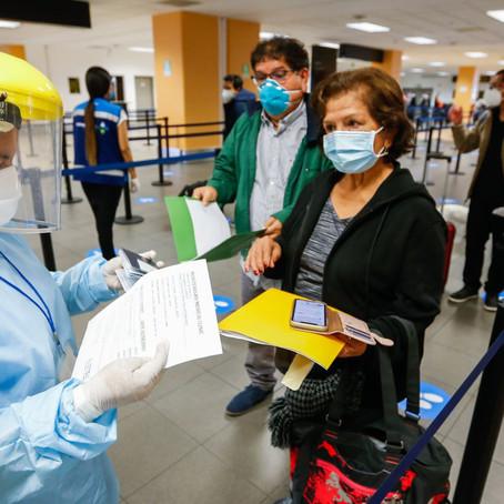 Derogan ley que suspendía vuelos a regiones con alerta extrema
