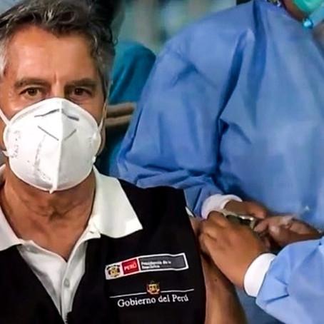Presidente Sagasti fue vacunado con primera dosis de Sinopharm