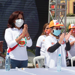 Susana Higuchi inaugura local de emprendedores en Gamarra