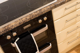 Kitchen Oven and Hob